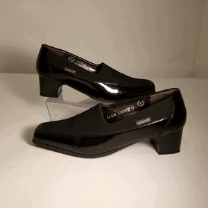 MEPHISTO patent leather ladies shoes size 9